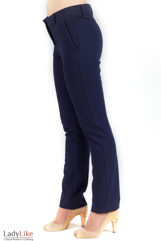 Фото Брюки с карманами. Деловая женская одежда