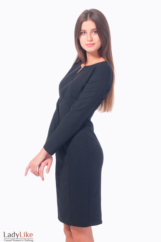 Купить платье-футляр черное с разрезом на груди  Деловая женская одежда