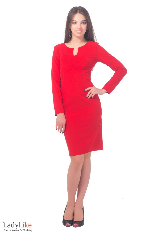 Купить платье яркое с разрезом на груди Деловая женская одежда