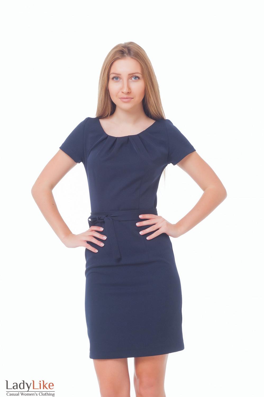 Платье синее с защипами и коротким рукавом — купить в интернет ... 809103a8eba
