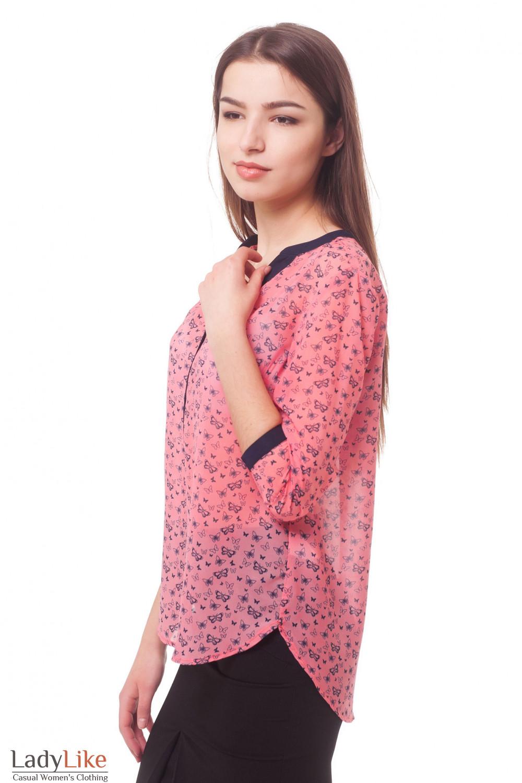 Купить блузку коралловую в синие бабочки Деловая женская одежда