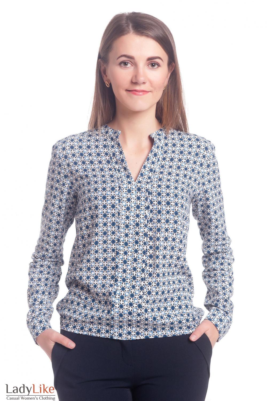 Блузка черная в синие узоры. Деловая женская одежда