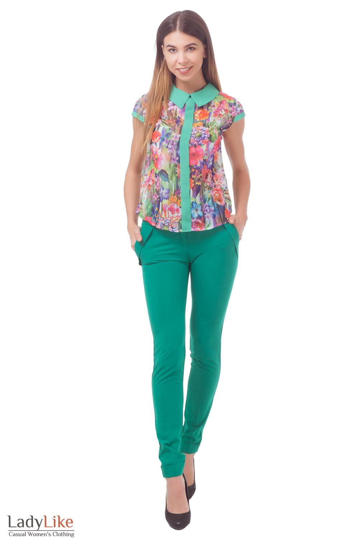 Купить блузку в зеленые цветы с брюками Деловая женская одежда