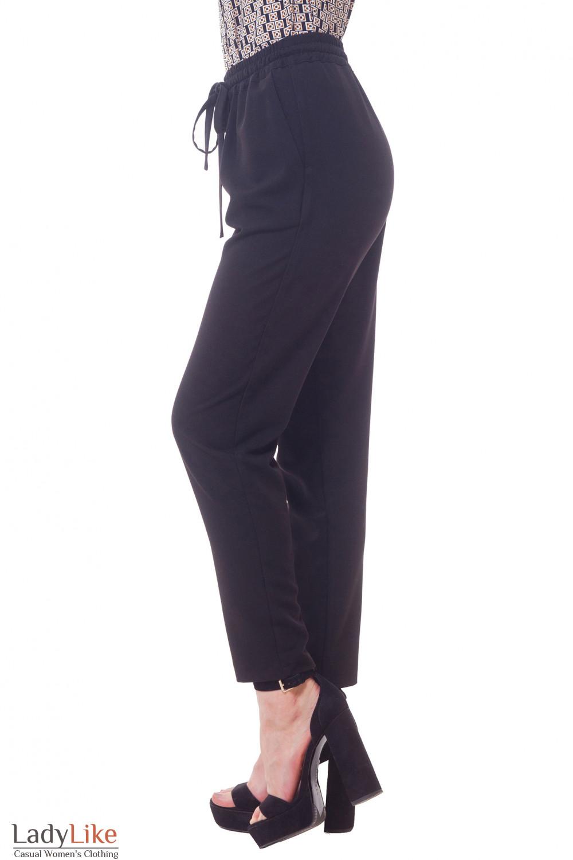 Купить брюки черные на резинке Деловая женская одежда