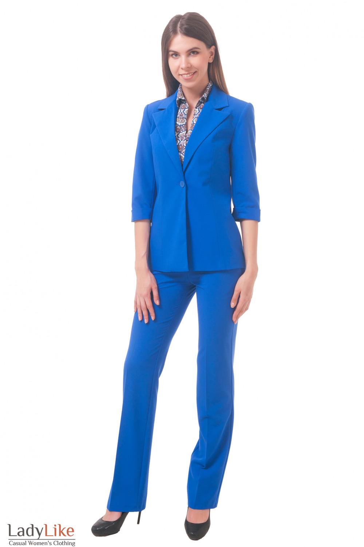 Фото Ярко-синий костюм Деловая женская одежда