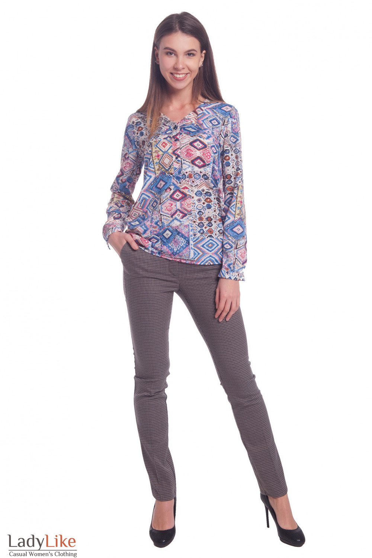 Купить брюки женские в сине-бежевую полоску. Деловая женская одежда