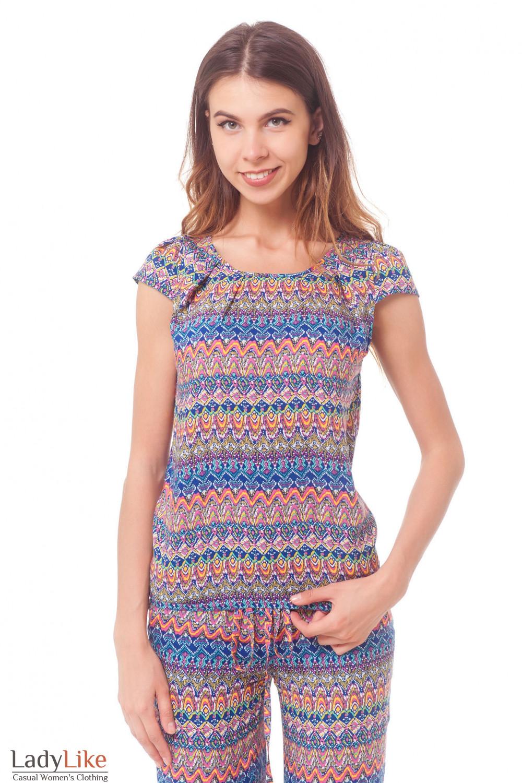 Топ в разноцветный узор  Деловая женская одежда