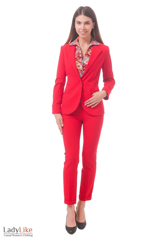 Фото Костюм красный Деловая женская одежда