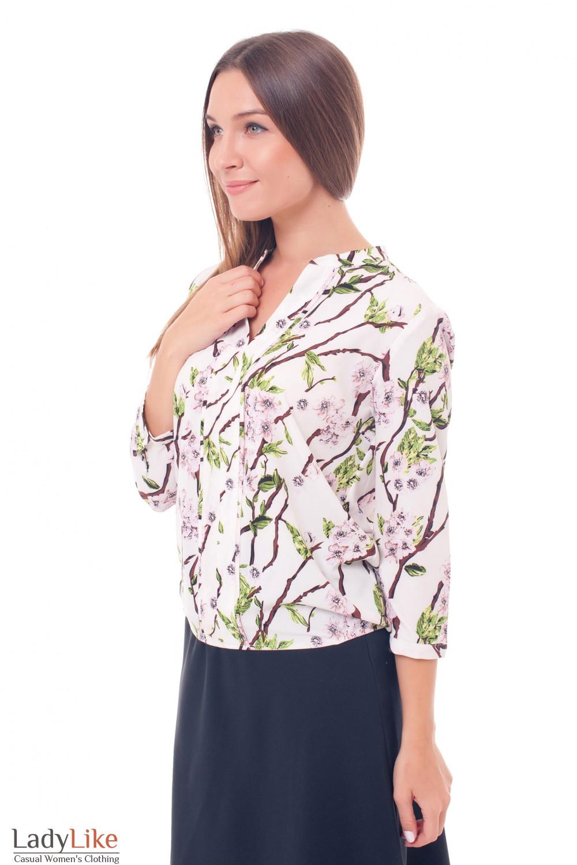 Купить блузку белую в коричневые веточки Деловая женская одежда фото