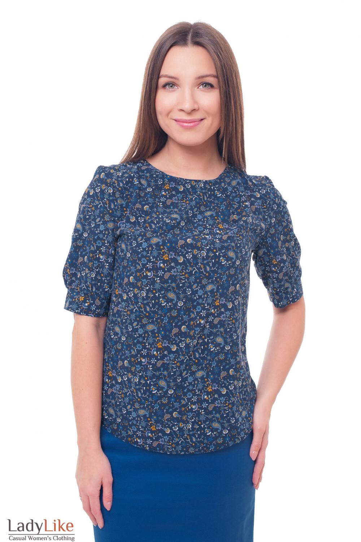 Блузка синяя с защипами в голубой цветок Деловая женская одежда фото