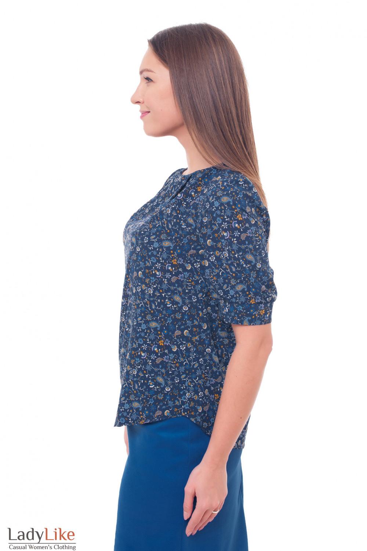 Купить блузку синюю с защипами в голубой цветок Деловая женская одежда фото