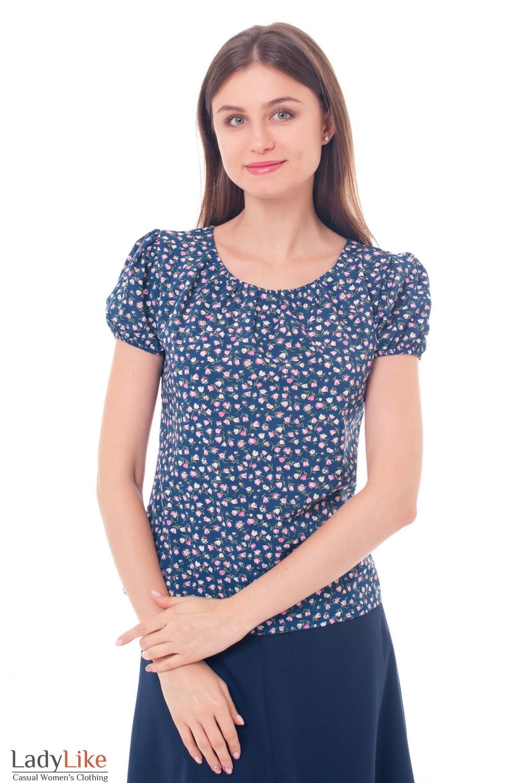 Блузка синяя со сборкой на горловине Деловая женская одежда фото