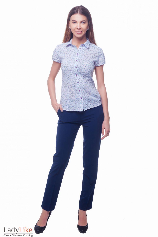 Купить брюки синие с широким поясом и застежкой сбоку Деловая женская одежда