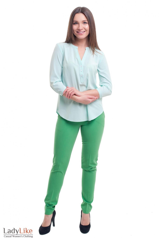 Купить брюки зеленые зауженные с вставкой на кармане Деловая женская одежда фото