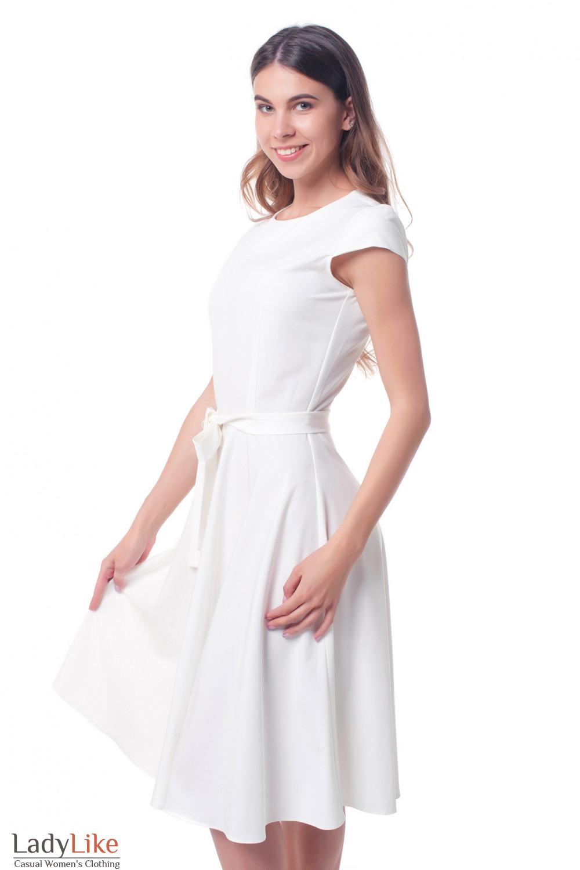 Купить платье белое с пышной юбкой Деловая женская одежда фото
