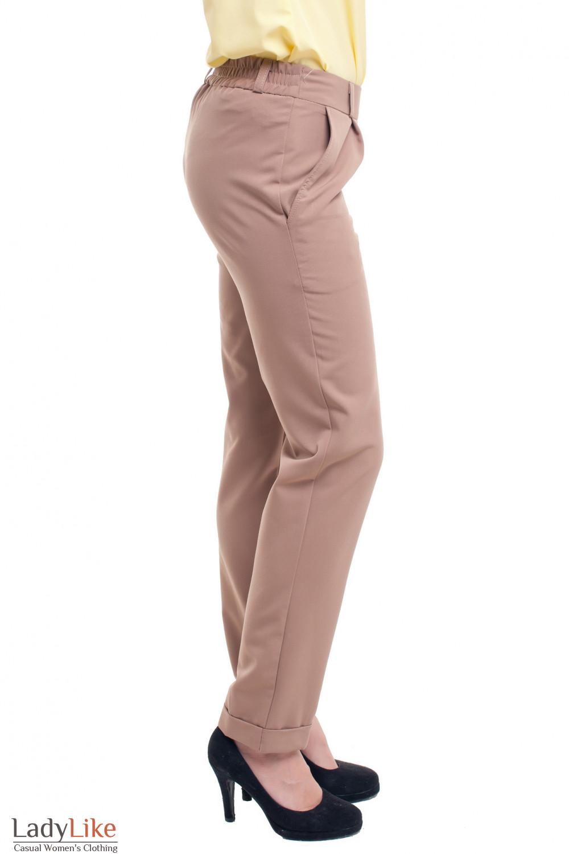 Купить бежевые женские брюки на резинке Деловая женская одежда фото
