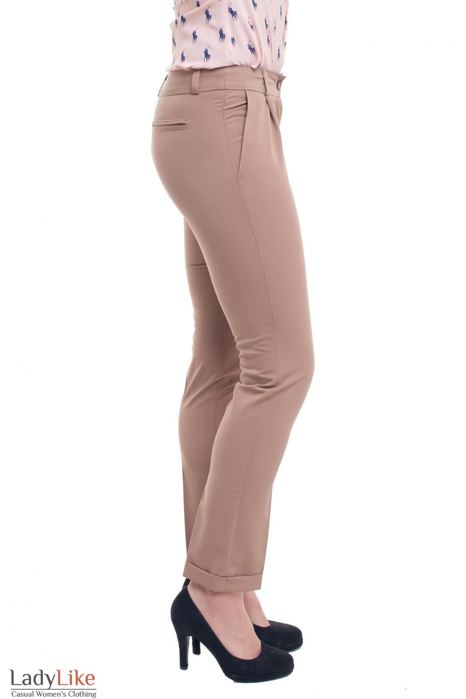 Купить брюки бежевые с защипом и манжетой Деловая женская одежда фото