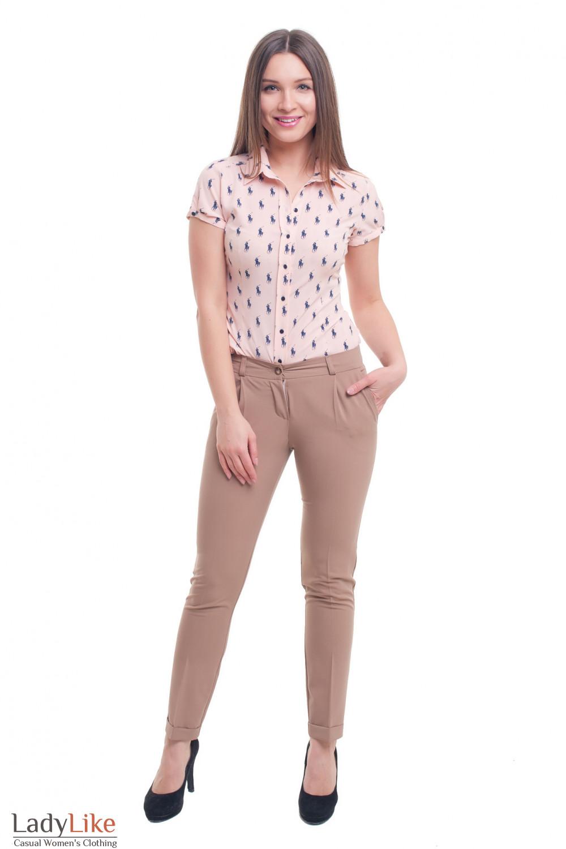Купить женские брюки бежевые с защипом и манжетой Деловая женская одежда фото