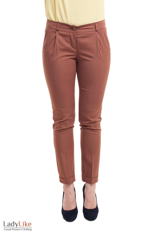 Брюки коричневые с манжетой Деловая женская одежда фото