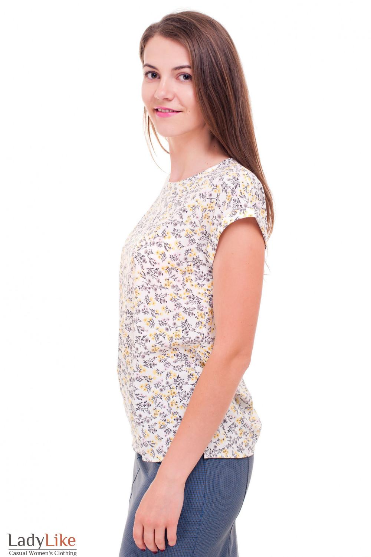 Купить футболку в серо-желтый цветок Деловая женская одежда фото