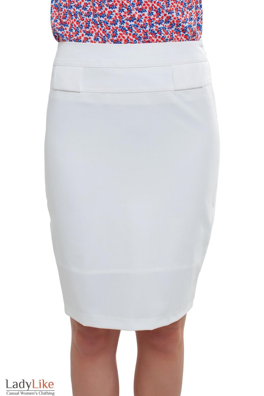 Юбка белая с разрезом Деловая женская одежда фото