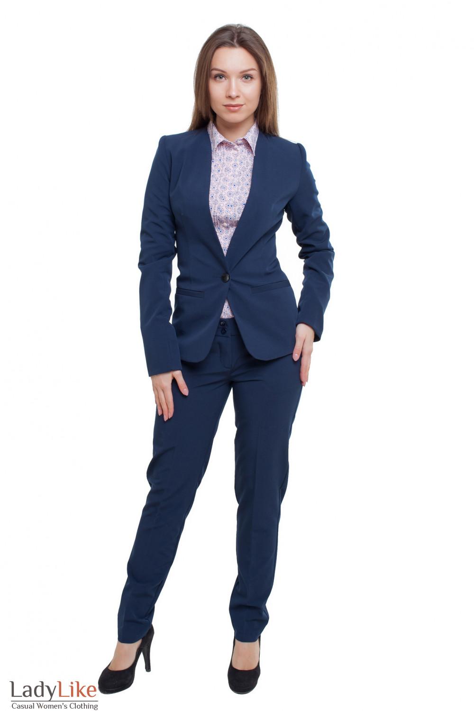Костюм брючный синий Деловая женская одежда фото
