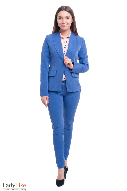 Костюм с расцветкой под джинс Деловая женская одежда фото