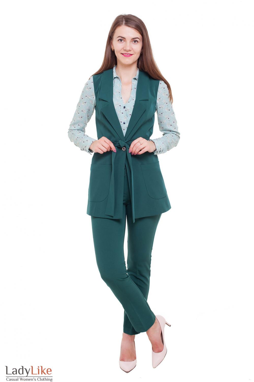 Зеленый костюм Деловая женская одежда фото
