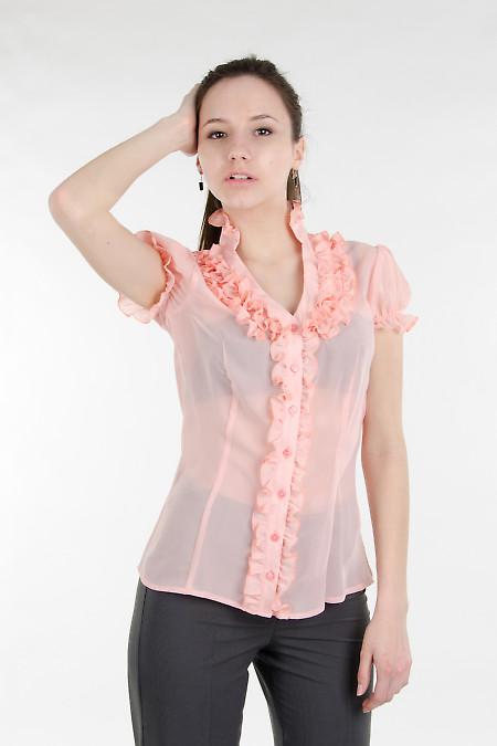 Блуза персиковая с рюшами.  Деловая женская одежда