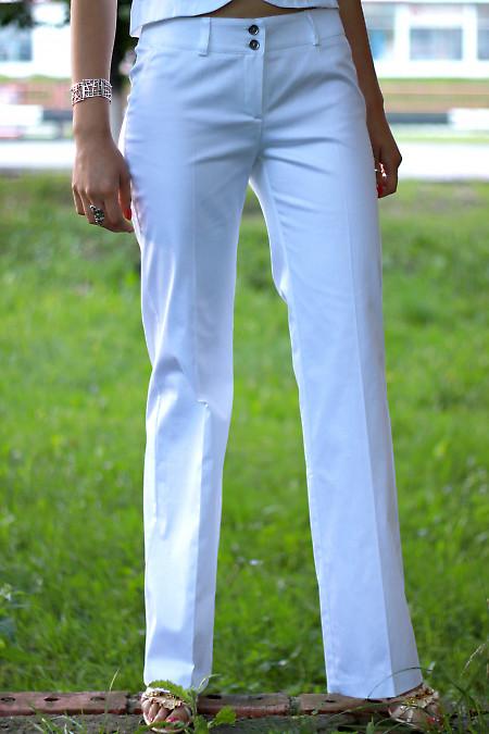 Брюки  летние белые Деловая женская одежда