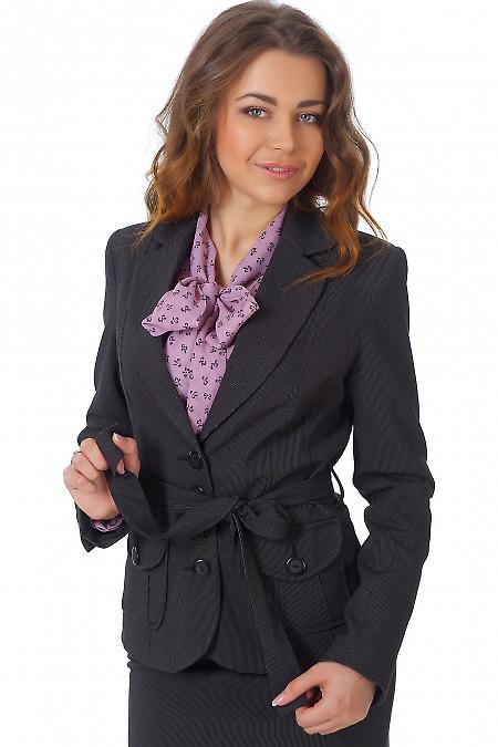 Фото Жакет черный с поясом в мелкую полоску Деловая женская одежда
