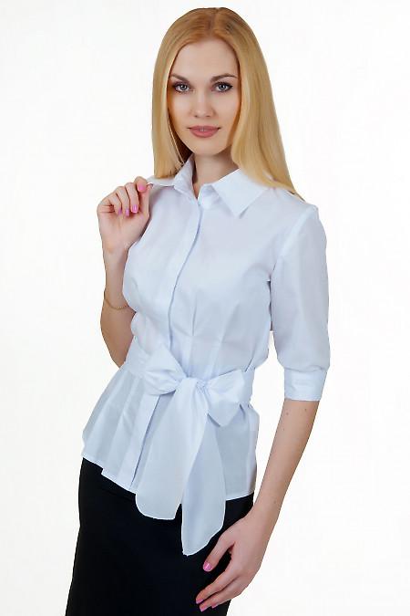 Блузка белая с защипами под грудью Деловая женская одежда