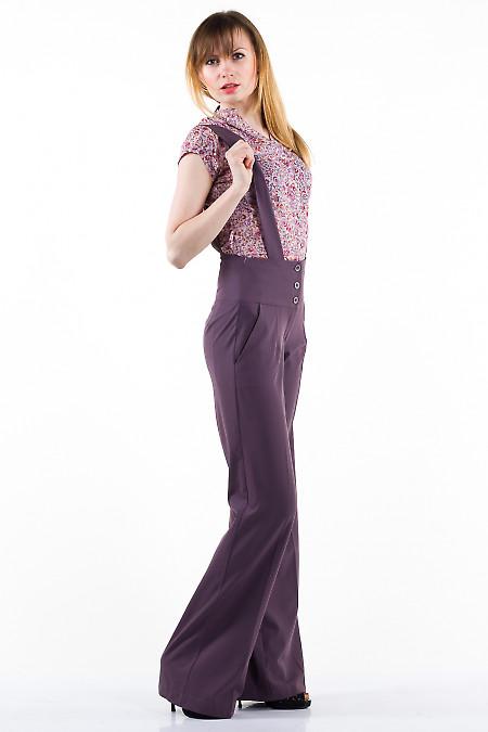 Фото Брюки на бретелях сиреневые Деловая женская одежда