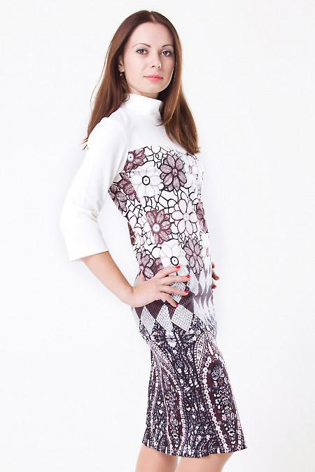 Фото Платье трикотажное с цветочным принтом Деловая женская одежда
