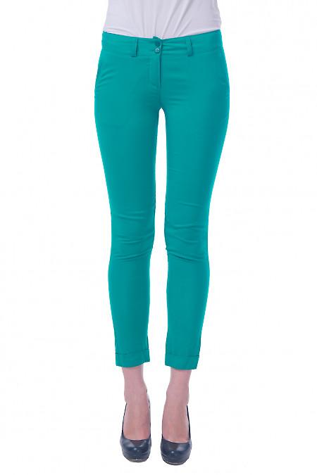 Фото Брюки зеленые из штапеля Деловая женская одежда