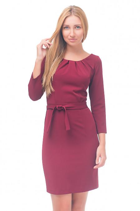 Платье бордовое с защипами на горловине Деловая женская одежда