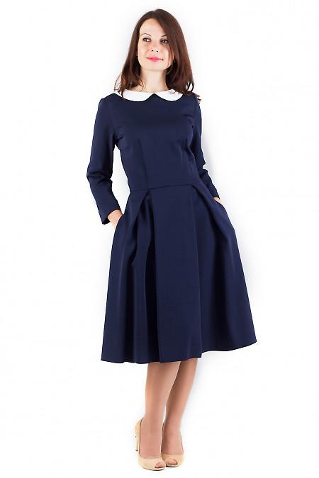 Фото Платье синее с воротником и карманами Деловая женская одежда