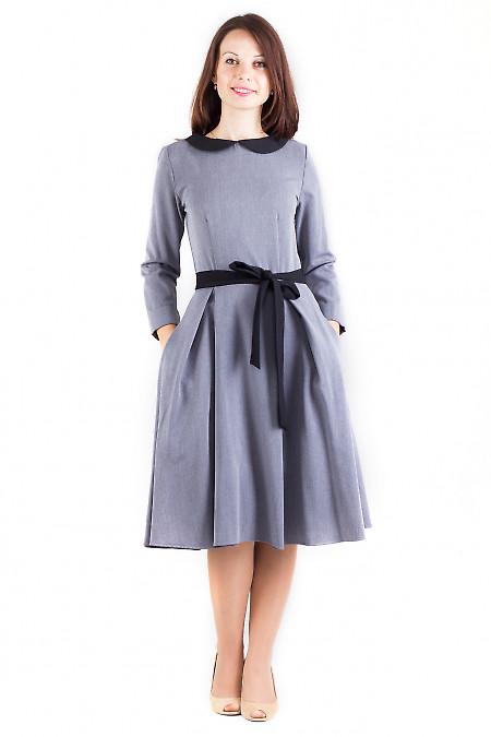 Фото Платье теплое серое с воротником Деловая женская одежда