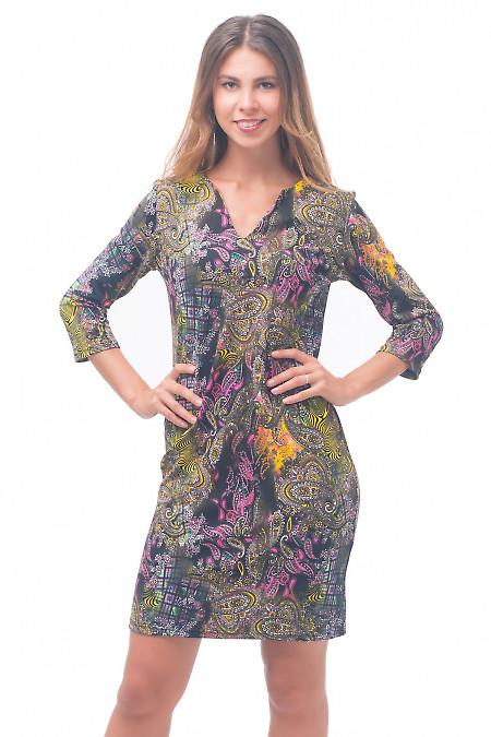 Платье трикотажное пестрое Деловая женская одежда