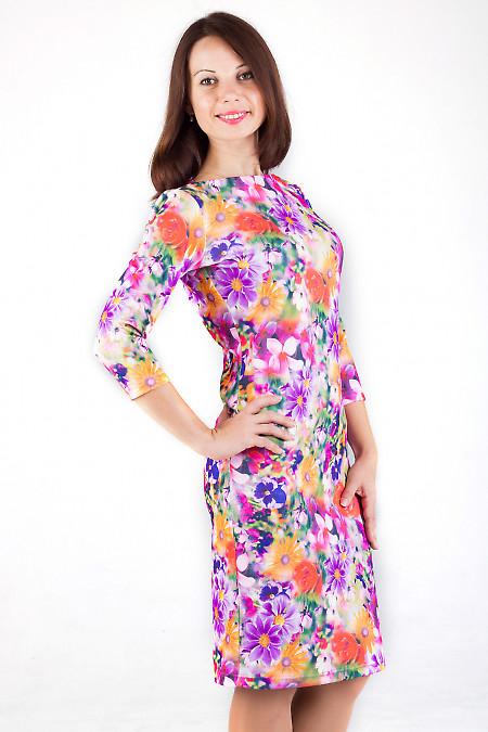 Фото Платье трикотажное в яркие цветы Деловая женская одежда