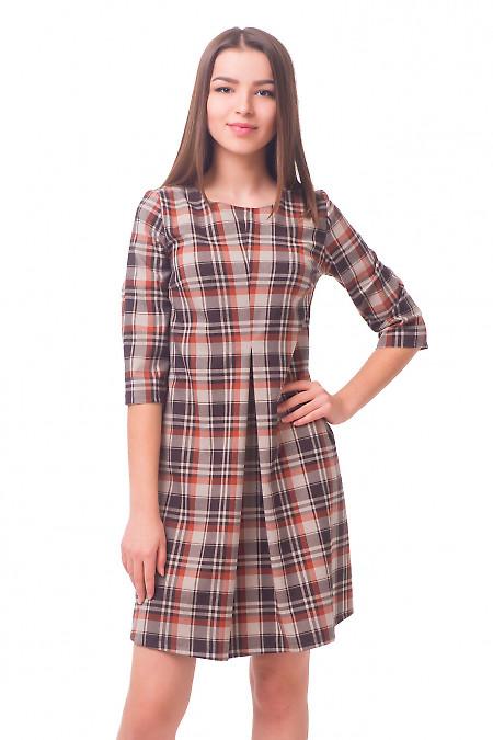 Платье в коричневую клетку со складкой Деловая женская одежда