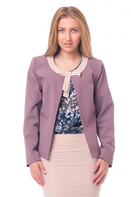 Жакет сиреневый с бежевым бантиком Деловая женская одежда