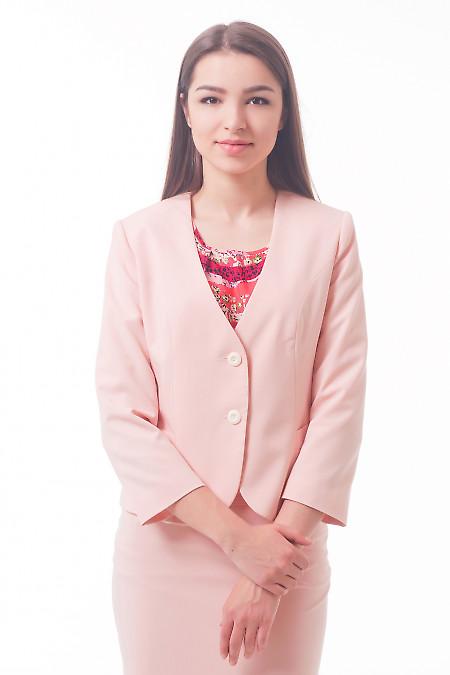 Жакет бледно-розовый без воротника Деловая женская одежда