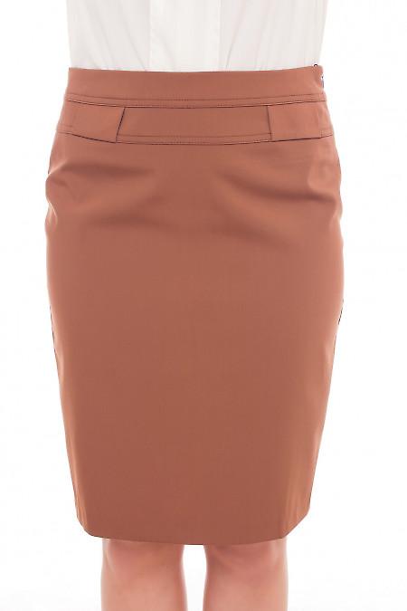 Юбка коричневая со шлевками на поясе Деловая женская одежда фото