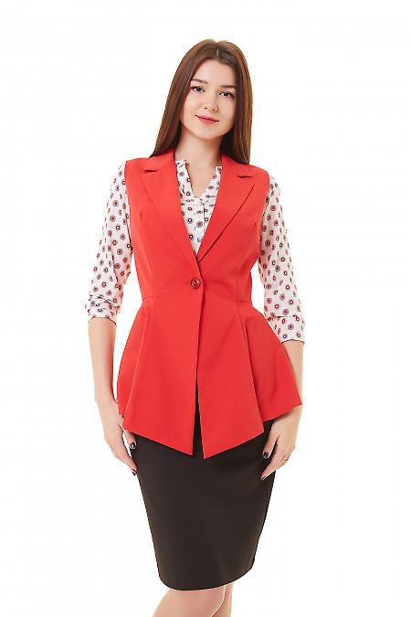 Жилет удлинённый с баской красный Деловая женская одежда фото