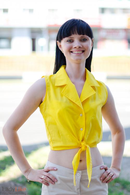 Блузка желтая на завязках Деловая женская одежда