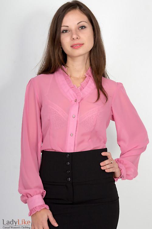 Фото Блузка с рюшами из розового шифона Деловая женская одежда