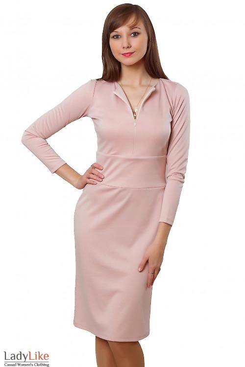 Купить платье бледно-розовое с отрезной талией. Деловая женская одежда