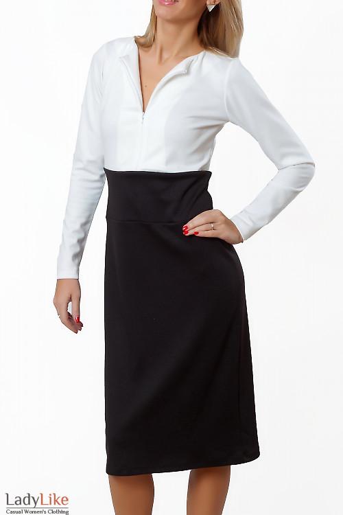 Купить платье черно-белое с отрезной талией. Деловая женская одежда