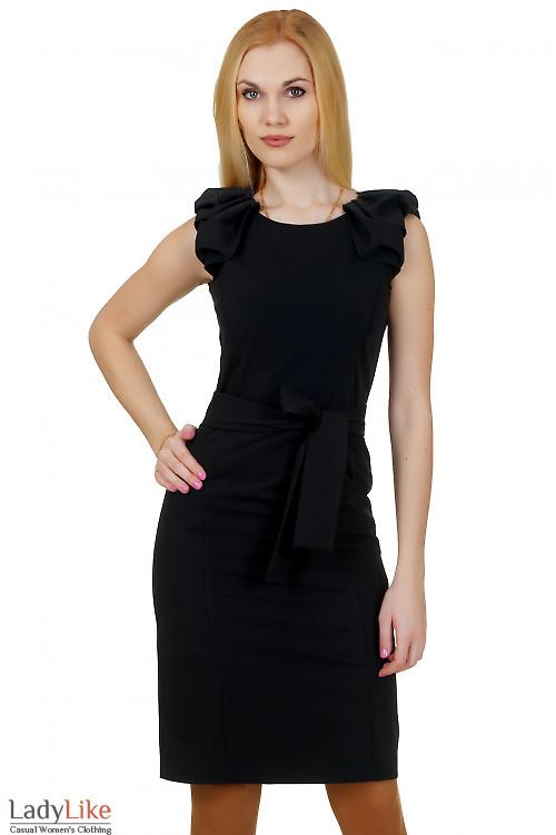 Платье черное со сборкой на плече Деловая женская одежда
